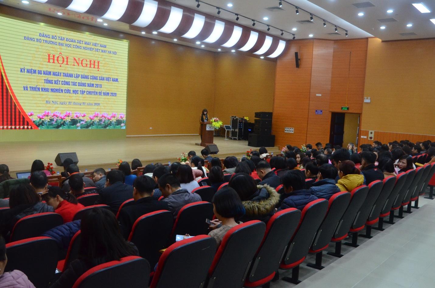 Lễ kỷ niệm 90 năm thành lập Đảng Cộng sản Việt Nam và Hội nghị tổng kết công tác Đảng 2019 và triển khai nghiên cứu, học tập chuyên đề năm 2020