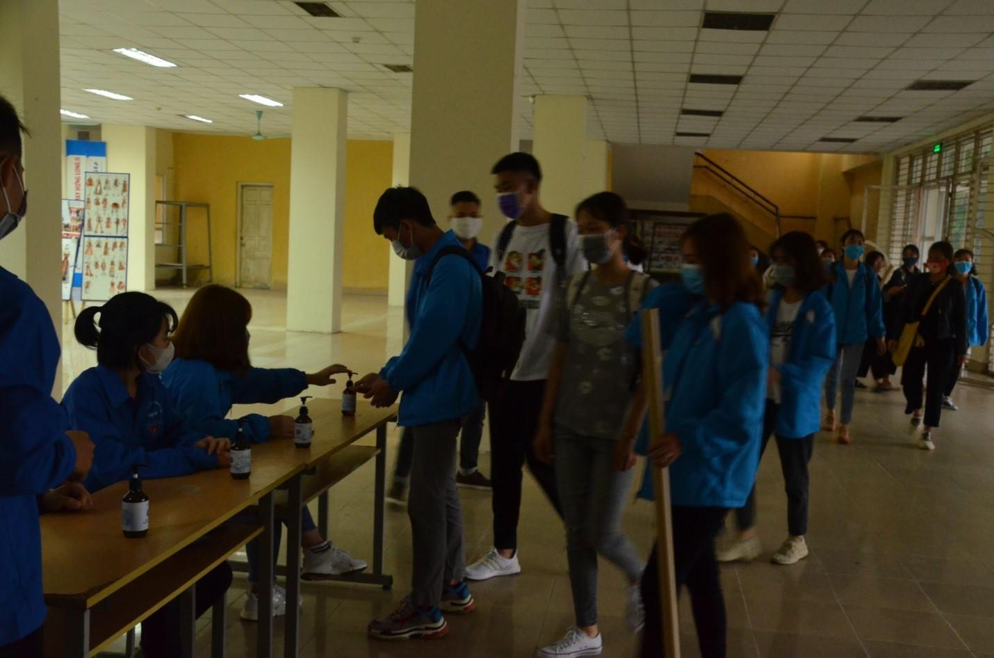 Đoàn Thanh niên HTU xung kích trong phòng chống dịch covid-19