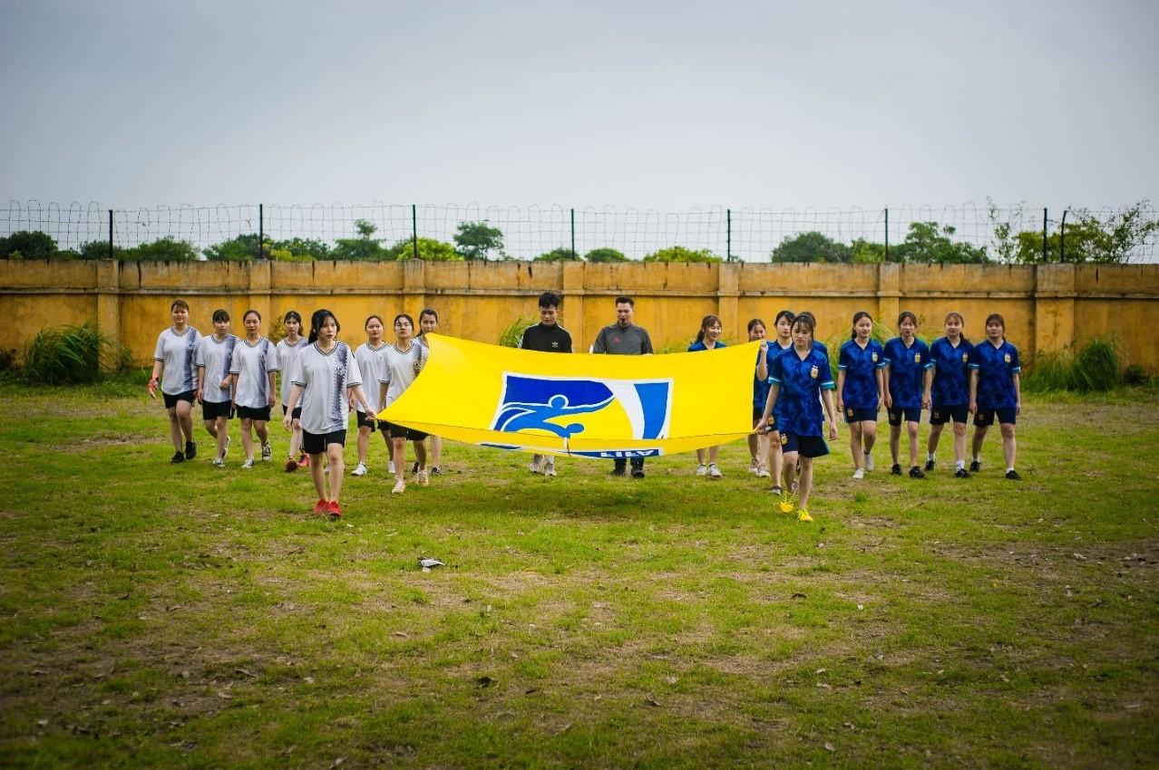 Khai mạc giải bóng đá nữ sinh HTU 2021 nhân dịp kỉ niệm 90 năm ngày thành lập Đoàn TNCS Hồ Chí Minh