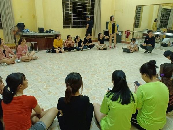 Buổi tuyển chọn thành viên mới của Câu lạc bộ nhảy hiện đại trường Đại học Công Nghiệp Dệt may Hà Nội