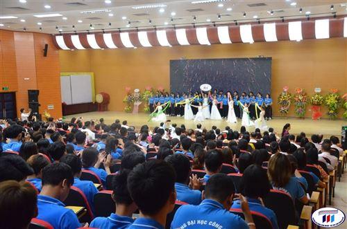 Trường Đại học Công nghiệp Dệt May Hà Nội khai giảng chào mừng năm học mới 2019-2020