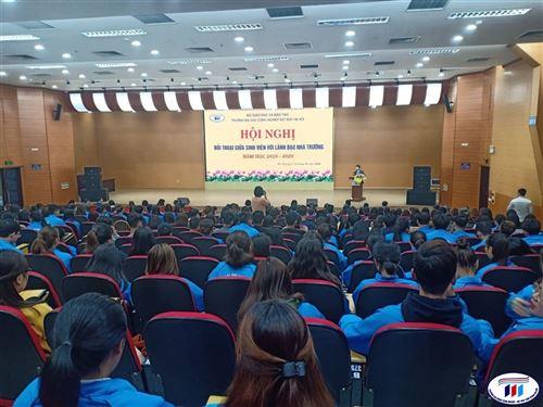 Hội nghị đối thoại giữa Lãnh đạo nhà trường với sinh viên năm học 2019-2020