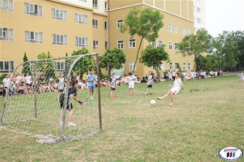 Chung kết giải bóng đá nữ sinh HTU 2020