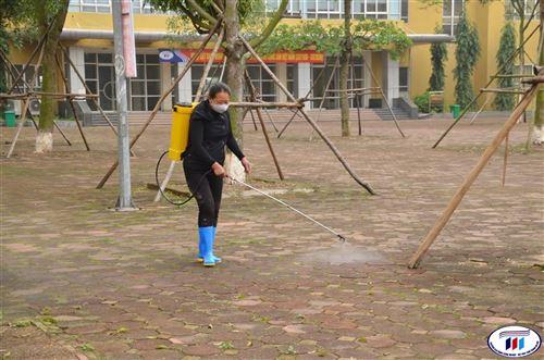 Sinh viên HTU được nghỉ học đến hết ngày 16/02 để phòng chống dịch