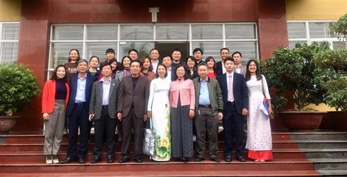 Bế giảng lớp giám đốc xí nghiệp dệt may thành viên khóa 5 - miền Bắc (đợt 2)