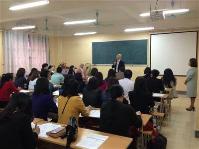 Khai giảng lớp đào tạo về lập kế hoạch, thiết kế và kỹ thuật dệt Nhật Bản