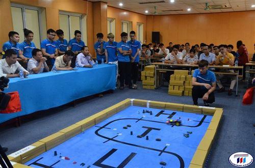 Khoa Cơ điện - HTU tổ chức cuộc thi lập trình điều khiển Robot 2020