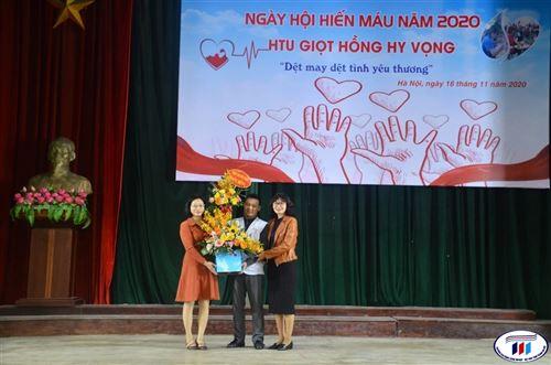 Ngày hội hiến máu năm 2020 – HTU giọt hồng hy vọng