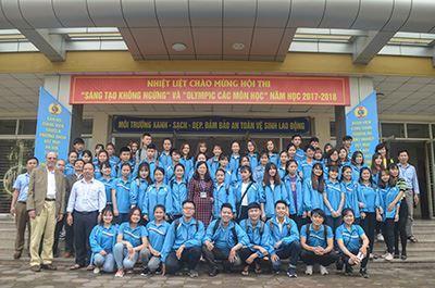 Lễ trao học bổng Uster cho sinh viên ngành Công nghệ Sợi Dệt