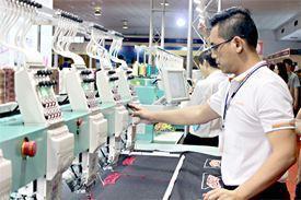 Công ty TNHH Thương Mại và XNK PTDM 55 thông báo tuyển dụng
