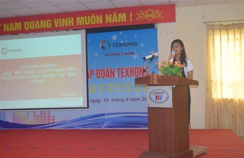 Giao lưu giữa Tập đoàn Texhong với tân sinh viên trường Đại học Công nghiệp Dệt May Hà Nội