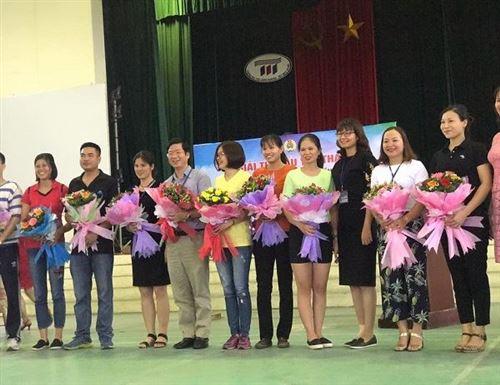 Khoa CNM hưởng ứng hội thi thể thao chào mừng 30/4-1/5/2018