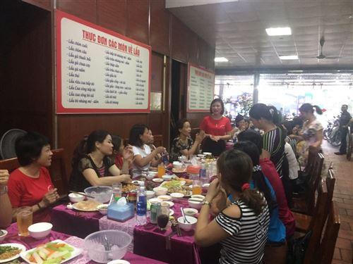 Trung tâm Thực hành may tổ chức sinh nhật tập thể cho cán bộ - Giảng viên- nhân viên năm 2018