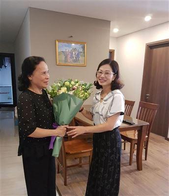 Trường Đại học Công nghiệp Dệt May Hà Nội chúc mừng các đồng chí nguyên lãnh đạo Nhà trường