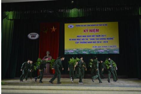 Mít tinh kỷ niệm ngày nhà giáo Việt Nam và khai mạc hội thi sáng tạo không ngừng năm học 2018 - 2019