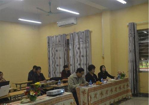 Bảo vệ chương trình hành động của lớp Giám đốc xí nghiệp dệt may thành viên khóa V - Miền bắc