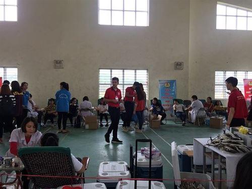 Khoa Công nghệ may hưởng ứng Ngày hội Hiến máu nhân đạo năm 2019