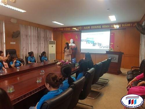 Buổi giao lưu giữa sinh viên với Tập đoàn Texhong