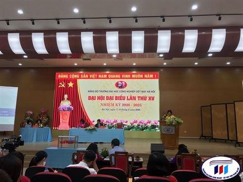 Cán bộ Đảng viên chi bộ Kinh tế tham dự Đại hội Đảng bộ lần thứ XV nhiệm kỳ 2020-2025