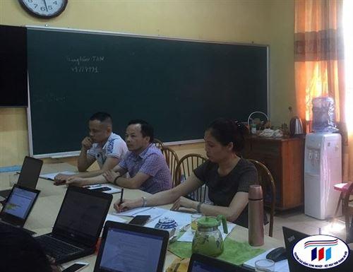 Trung tâm Thực hành may tổ chức họp rút kinh nghiệm giảng dạy  Học phần May mẫu đối các lớp CĐM-K13