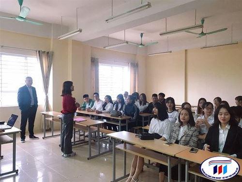 Sinh viên Khoa Sợi Dệt giao lưu, tìm kiếm cơ hội việc làm tại buổi Tọa đàm với tập đoàn Texhong