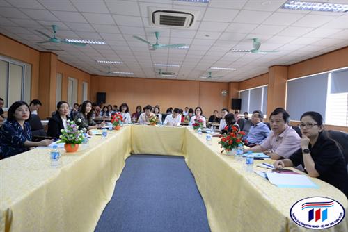 Hội nghị đánh giá công tác đào tạo đại học khóa 1