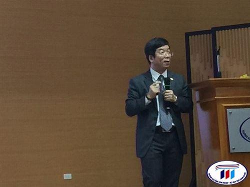 """Khoa Kinh tế trường Đại học Công nghiệp Dệt May Hà Nội sôi động chương trình """" HTU một ngày trải nghiệm"""" ngành Kế toán."""