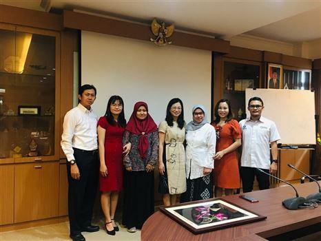làm việc tại nước Cộng hòa Indonesia
