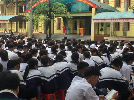 Tư vấn tuyển sinh năm 2021 - Trường Đại học Công nghiệp Dệt May Hà Nội - 03