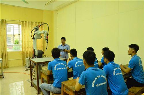 Phòng thực hành Cơ khí
