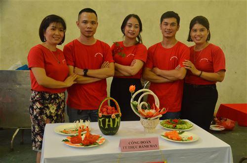 Hội thi cắt tỉa rau củ quả