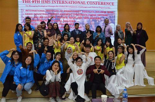 Hội thảo quốc tế