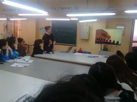 Học tập với giảng viên Thũy Sĩ