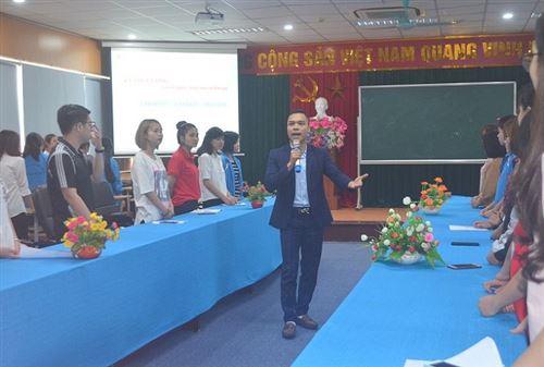 Truyền cảm hứng và phương pháp học tiếng Anh cho sinh viên