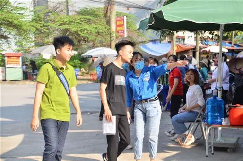 Nhập học - Trường Đại học Công nghiệp Dệt May Hà Nội - 02