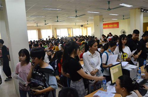 Nhập học - Trường Đại học Công nghiệp Dệt May Hà Nội - 04