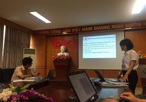 Nghiệm thu đề tài nghiên cứu khoa học cấp Trường, chủ nhiệm đề tài ThS. Lê Thị Kim Tuyết , GV khoa Kinh tế